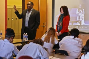 Opera singers visit with Chicago public school students